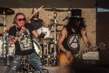 Guns N' Roses, sopravvissuti agli anni novanta