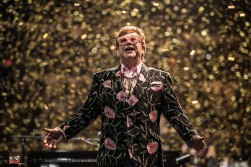 Elton John sta male, salta il secondo live a Verona