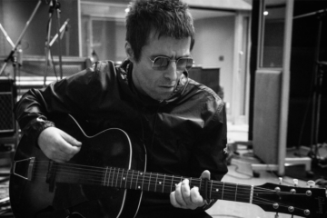 "Liam Gallagher ha messo online ""Shockwave"""