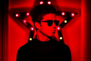 "Noel Gallagher ha pubblicato ""Blue Moon Rising"""