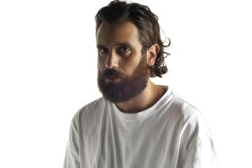 Tommaso Paradiso: «Voglio essere romantico e banale»