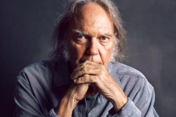 """Neil Young, il nuovo album è """"Colorado"""""""