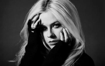 Avril Lavigne raddoppia a Milano