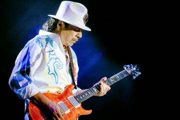 Carlos Santana, c'è un nuovo concerto italiano