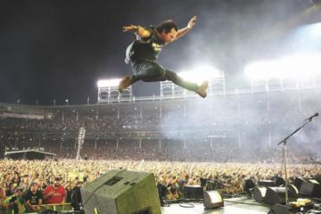 I Pearl Jam suoneranno all'Autodromo di Imola