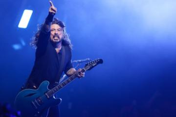 Dave Grohl: «Nel nuovo album dei Foo Fighters un riff a cui lavoro da 25 anni»