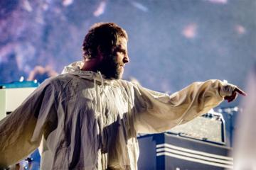 Liam Gallagher a Roma gioca sull'amarcord