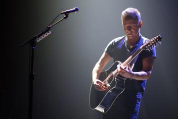 Bruce Springsteen ha suonato in un Fenway Park deserto