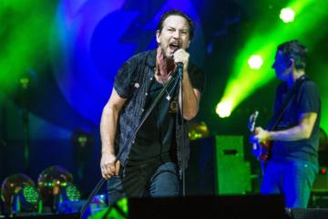 Pearl Jam, spostato al 2021 il live a Imola