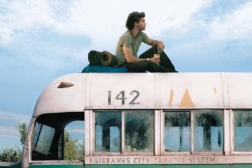 """In Alaska è stato rimosso il bus di """"Into the Wild"""""""