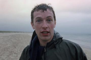 """I Coldplay hanno condiviso un video alternativo di """"Yellow"""""""