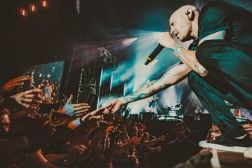 "I Linkin Park festeggiano 20 anni di ""Hybrid Theory"""