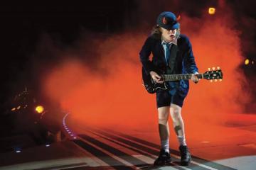 Gli AC/DC stanno per annunciare il ritorno con Brian Johnson