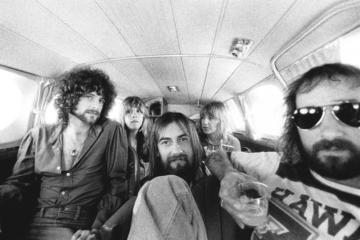 """La storia di """"Dreams"""", il brano dei Fleetwood Mac diventato virale su TikTok"""