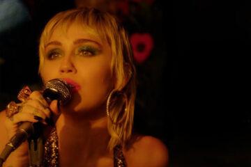 Miley Cyrus che canta i Pearl Jam è la cosa migliore che ascolterete oggi