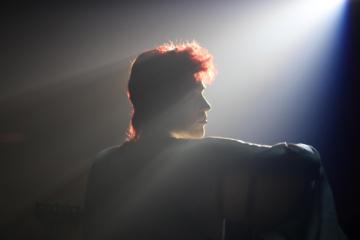 """Guarda il primo trailer di """"Stardust"""", il biopic non autorizzato su David Bowie"""