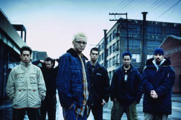 """""""Hybrid Theory"""" dei Linkin Park non è mai suonato così nostalgico"""
