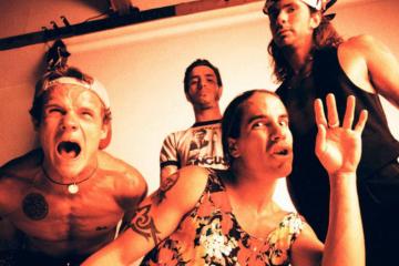 John Frusciante ha detto che i Red Hot Chili Peppers stanno lavorando a nuova musica