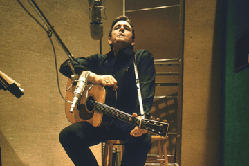Come suona Johnny Cash con la Royal Philharmonic Orchestra?