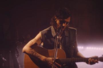 """Achille Lauro cita l'MTV Unplugged dei Nirvana nel video di """"Marilù"""""""