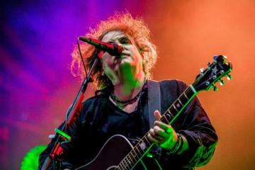 A che punto sta il nuovo disco dei Cure e l'album noise di Robert Smith?