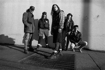 """I Pearl Jam pubblicano le nuove versioni degli album """"Ten"""" e """"No Code"""""""